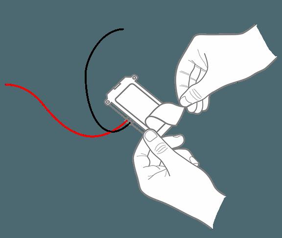 Закрепите GPS-трекер на двухсторонний скотч под капот