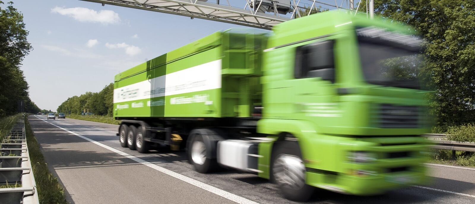 Мониторинг уровня топлива на грузовых автомобилях
