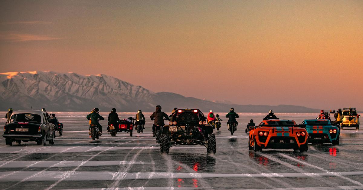 Автомотопробег по России и гонки на льду: Байкальская миля 2021 онлайн